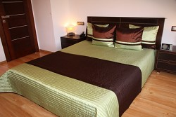 Přehoz na postel zeleno-hnědý 16o2 260x240cm-skladem