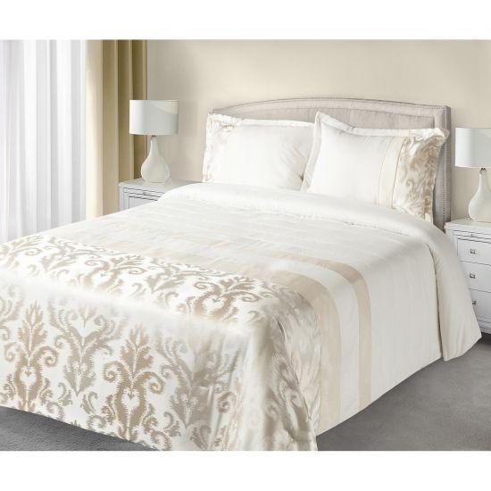 c9c032951711 Luxusní přehoz na postel BETTY krémový 170x210+50x70 -Leneadekor Váš ...